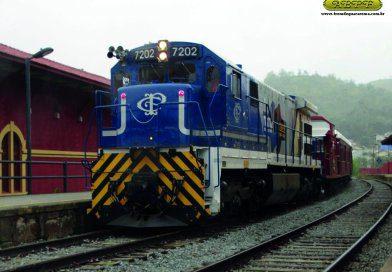Trem Azul de Guararema agora leva turistas para o Vale das Frutas